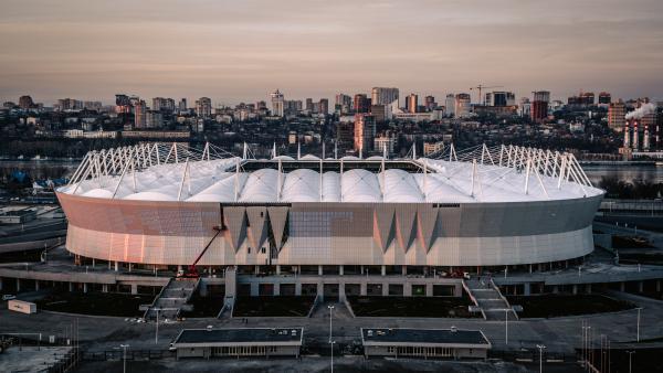 Serge ferrari r alise la toiture du stade de la prochaine - Prochaine coupe du monde de foot 2018 ...